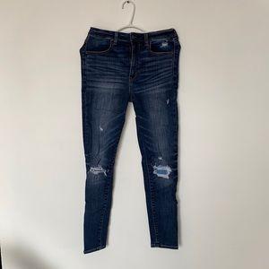 High waisted dark wash American Eagle jean